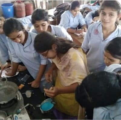 "Workshop on ""Candle Making"""